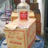 Hà Nội: Phát hiện rượu nếp 29 Hà Nội trong một lò nấu rượu