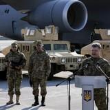 """Kiev xác nhận kế hoạch điều binh của Mỹ """"chọc giận"""" Moscow"""