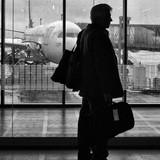 Người nước ngoài đả kích Moscow có thể bị cấm làm việc cho Nga
