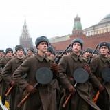 Moscow đóng cửa triển lãm để trả đũa việc lãnh đạo Anh Mỹ không đến Moscow?