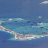 """Biển Đông: Báo Mỹ giục Washington điều máy bay, tàu chiến để """"răn đe"""" Trung Quốc"""