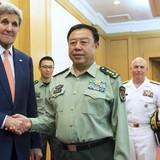 Căng thẳng leo thang, tướng Trung Quốc thăm tàu sân bay ở Mỹ