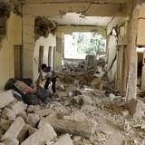 Hoa Kỳ dội mưa bom xuống thủ phủ của IS ở Syria