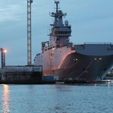 """Nga và Pháp đã """"chốt"""" dự thảo thỏa thuận về Mistral"""