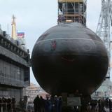 Tây Ban Nha chọc giận Anh khi cho tàu ngầm Nga vào cảng