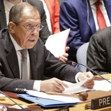 Ông Lavrov: Máy bay Nga chỉ tấn công trong vào quân khủng bố