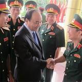 Phó Thủ tướng Nguyễn Xuân Phúc thăm và làm việc tại Bộ Tư lệnh Quân khu 4