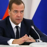 Thủ tướng Nga muốn liên minh các lực lượng quốc tế để tiêu diệt khủng bố