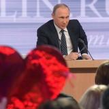 Ông Putin: Nga sẽ không áp đặt trừng phạt chống Ukraine