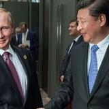 """""""Trật tự thế giới phụ thuộc vào Nga và Trung Quốc chứ không phải Mỹ"""""""