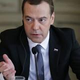 Ông Medvedev: Nga không bao giờ xin phương Tây hủy cấm vận