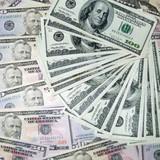 """Tỷ phú Mỹ tiên đoán về """"bong bóng"""" đô la!"""