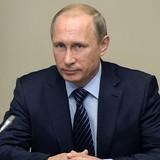 Ông Putin dùng mỹ từ để ca ngợi phụ nữ nhân ngày 8/3