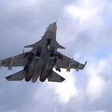 Nga rút quân nhưng vẫn không kích Syria