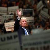 Giành chiến thắng chóng vánh, ông Donald Trump sẽ ra tranh cử Tổng thống Mỹ