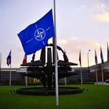 Tướng Pháp đề xuất từ bỏ NATO và liên kết với Nga