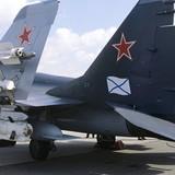 Chiến đấu cơ Nga bị rơi gần tàu sân bay ở bờ biển Syria