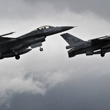 Chiến đấu cơ NATO cố tiệm cận máy bay chở Bộ trưởng Quốc phòng Nga