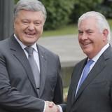 Bộ trưởng Quốc phòng Mỹ nói Nga hãy xuống thang bạo lực ở đông Ukraine