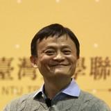Người giàu nhất Trung Quốc luyện tiếng Anh qua du khách
