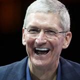Bán được 61 triệu iPhone, cổ phiếu Apple lên đỉnh