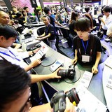 """Canon """"đổ bộ"""" vào Việt Nam những camera hàng 'khủng'"""