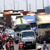 TP.HCM: Kẹt xe hàng giờ đồng hồ tại khu vực vào cảng Cát Lái