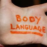 """10 chiêu """"đọc vị"""" đối phương qua ngôn ngữ cơ thể"""