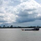 Chìm tàu chở 26 người từ miền Tây lên Sài Gòn