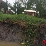 """Dân lo mất nhà vì """"cát tặc"""" hoành hành trên sông Đồng Nai"""