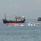 Cứu sống 11 ngư dân bị chìm tàu ở Trường Sa