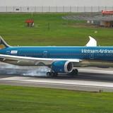 Bộ Tài chính bảo lãnh hợp đồng mua 4 máy bay Boeing B787-9 của Vietnam Airlines