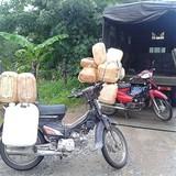 2.200 lít dầu lậu bị phát hiện cạnh Sân bay Cần Thơ