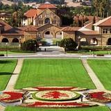 Stanford là trường đại học kinh tế tốt nhất tại Mỹ năm 2015
