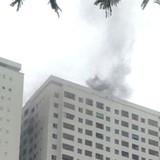 """Địa ốc 24h: Cháy chung cư HH4a Linh Đàm của đại gia """"điếu cày"""""""