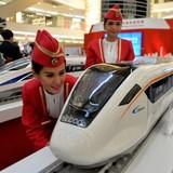 """Nhật Bản để """"tuột"""" hợp đồng đường sắt 5,3 tỷ USD vào tay Trung Quốc"""