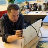 Elon Musk, Bill Gates, Mark Zuckerberg làm việc với cường độ cao như thế nào?