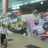 Bảng quảng bá Việt Nam tại Myanmar chú thích lăng Bác ở... TP.HCM