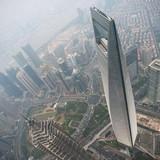 Tỷ phú đô la Trung Quốc tăng ầm ầm mặc cho chứng khoán sụp đổ