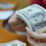 Vòng luẩn quẩn khi vay hàng tỷ USD cứu ngân sách