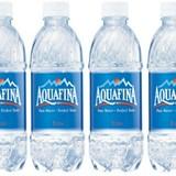 """Aquafina và những cú """"phốt"""" tai tiếng toàn cầu"""