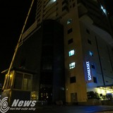 Tổng giám đốc công ty xây dựng rơi từ tầng 19