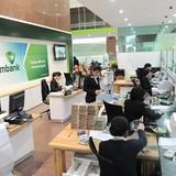 Vietcombank mở lại dịch vụ chuyển tiền ATM cho người nước ngoài