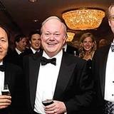 Tỷ phú Việt giàu nhất Đức và đáng gờm ở phố Wall