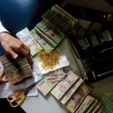 Bỗng dưng mắc nợ ngân hàng tiền tỷ