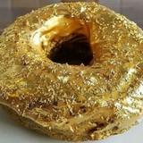 Bánh dát vàng cho giới siêu giàu