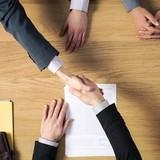 """Ứng dụng """"kết bạn"""" cho doanh nghiệp: Đối thủ mới của ngân hàng đầu tư?"""