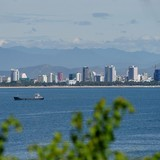 Quy hoạch ngược bên bờ biển Nha Trang
