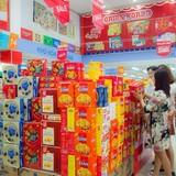 Chọn bánh kẹo Tết: Người mua ưu tiên hàng có thương hiệu