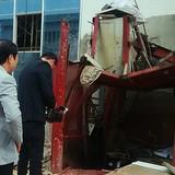 Rơi thang máy, 5 người tử vong: Công nhân không biết vận hành vận thăng?